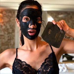 Маска-детокс укрепляющая тканевая с грязью Мертвого моря Minus 417 Radiant detoxifying firming mud facial mask 20 мл